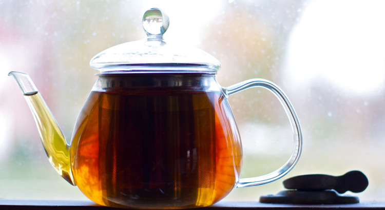 How Does Brewing Affect the Caffeine in Tea?